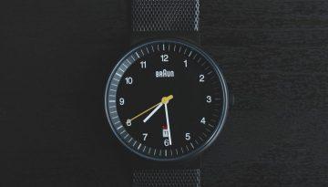 watch-841410_1920